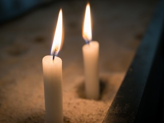 candle-1262008_1280