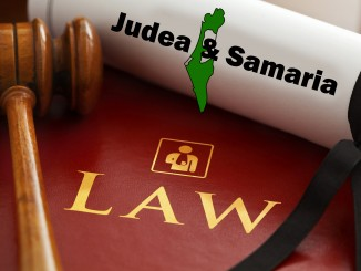 lawyers-judea-samaria-1000803_1920