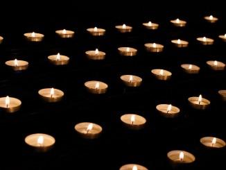 candle-1521246_1920