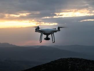 drone_dawn-1868870_1920