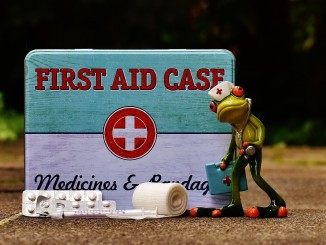 first-aid-1732712_1920